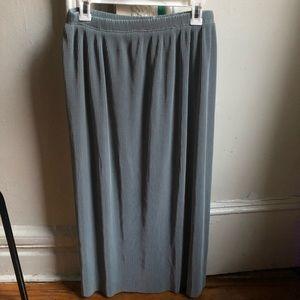 Minimalist Pleated Midi 90s Long Skirt Office Look